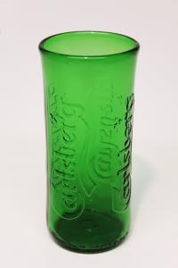 Drikkeglas af Carlsberg øl flaske