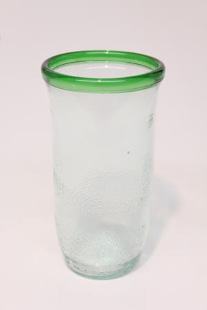 Drikkeglas af San Pellegrino flaske