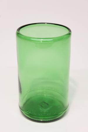 Drikkeglas af grøn flaske