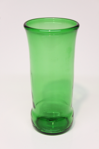 Drikkeglas af tysk ølflaske